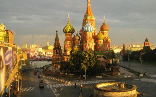 «Ξένο δάκτυλο» καταγγέλλει η Ρωσία πίσω από τις εξελίξεις στην πΓΔΜ