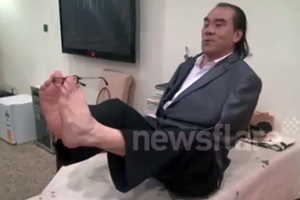 Ο δεξιοτέχνης με τα πόδια