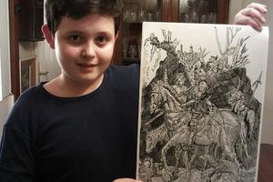 Ο 11χρονος που εντυπωσιάζει με τη ζωγραφική του