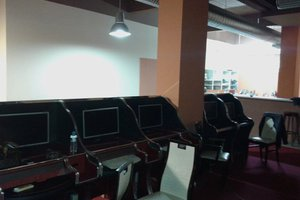 Εντόπισαν «μίνι καζίνο» στο Περιστέρι