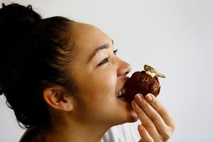 Ο σεφ προτείνει cucakes με σκουλήκια και ακρίδες