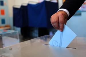 Μια ψήφος κρίνει τη δεύτερη και την τρίτη θέση στην Καισαριανή!