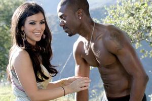Ο Ray J κάνει στην Kardashian το καλύτερο γαμήλιο δώρο του κόσμου