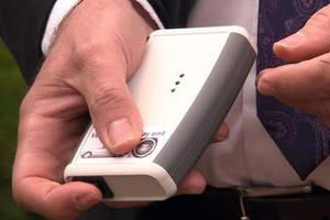 Πάμφθηνο gadget κάνει την κλοπή του αυτοκινήτου… παιχνιδάκι