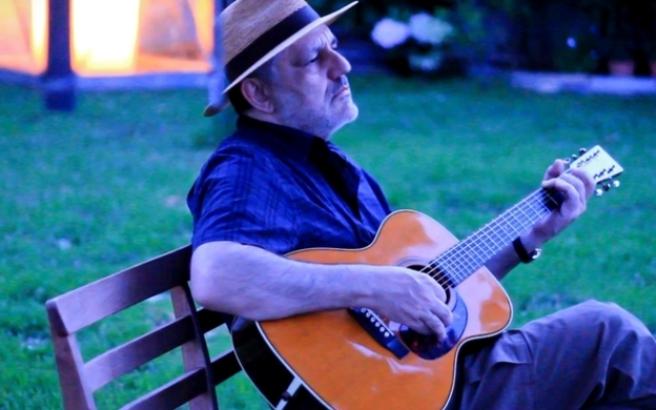 Αναβάλλεται η συναυλία του Νίκου Πορτοκάλογλου