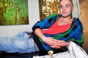Νορβηγός καλλιτέχνης έβρασε κι έφαγε το πόδι του!