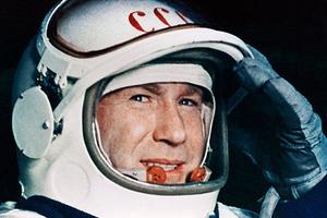 Αλεξέι Λεόνοφ: Πέθανε ο πρώτος άνθρωπος που «περπάτησε» στο Διάστημα