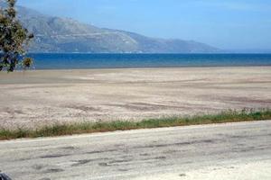 Νέες παραλίες εμφανίστηκαν μετά τον σεισμό στη Κεφαλονιά