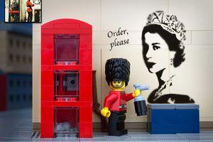 Διάσημα γκράφιτι σε... lego εκδοχή