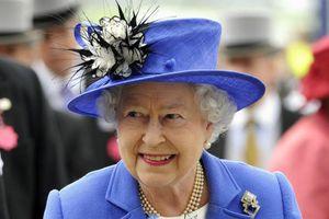 Στη Γαλλία μεταβαίνει η βασίλισσα Ελισάβετ