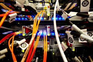 Ηλεκτρικά καλώδια έγιναν… μπαταρίες