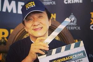 Ο Τσάκι Τσαν στη «μάχη» κατά του οργανωμένου εγκλήματος