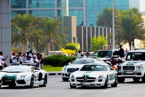 Τα super περιπολικά του Ντουμπάι βγαίνουν βόλτα
