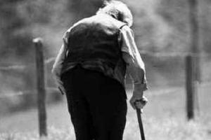 Άγνωστοι χτύπησαν και λήστεψαν ηλικιωμένο στα Αηδόνια Νεμέας
