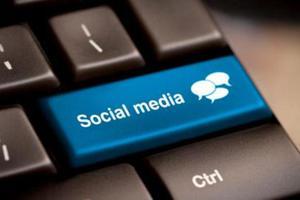 «Η συχνή χρήση των social media δεν αυξάνει το στρες»