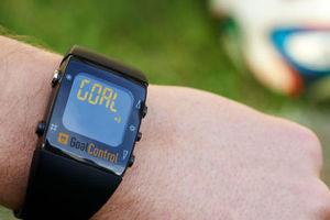 Smartwatch για να ειδοποιούνται για τα γκολ οι διαιτητές στο Μουντιάλ