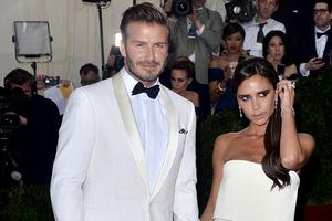 Με αυτό το φόρεμα έριξε τον David Beckham