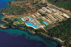 Γιορτές σε ξενοδοχείο 5 αστέρων στη Λευκάδα