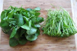 Νεροκάρδαμο, σπανάκι και ραδίκια για καλή υγεία