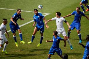 Ισοπαλες χωρίς τέρματα Ιταλία και Ουρουγουάη στο ημίχρονο