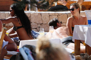 Kate Moss - Naomi Campbell για διακοπές στην Ίμπιζα