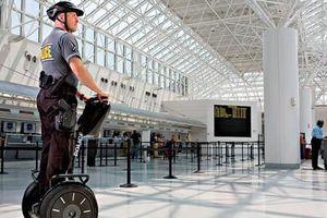 Οι ΗΠΑ προειδοποιούν για «συγκεκριμένη απειλή» σε αεροδρόμιο της Ουγκάντα