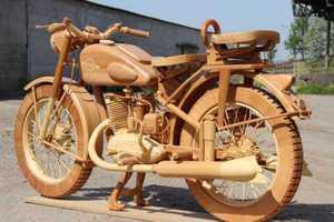 Μία σοβιετική μηχανή φτιαγμένη από ξύλο
