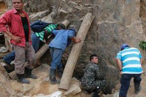 Εγκλωβισμένοι εργάτες σε χρυσωρυχείο της Ονδούρα