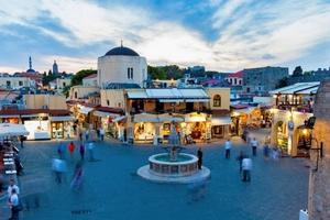Αυξημένη κατά 8,4% η τουριστική κίνηση στη Ρόδο