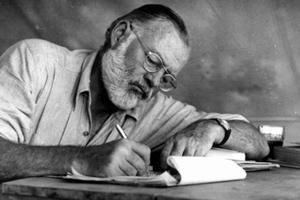 Ο νομπελίστας λογοτέχνης Έρνεστ Χέμινγουεϊ