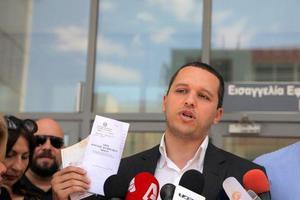Την ενοχή των δημοσιογράφων της Εφημερίδας των Συντακτών προτείνει ο εισαγγελέας