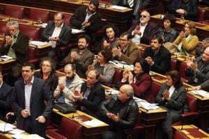 Αδιέξοδο βλέπουν στο ΣΥΡΙΖΑ πίσω από την πρόταση Σαμαρά