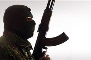 Καταδίωξη και μπλόκα μετά την εισβολή ληστών με καλάσνικοφ σε κοσμηματοπωλείο της Τρίπολης