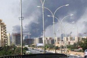 Δέκα αεροπλάνα καταστράφηκαν από τις συγκρούσεις στο αεροδρόμιο της Τρίπολης