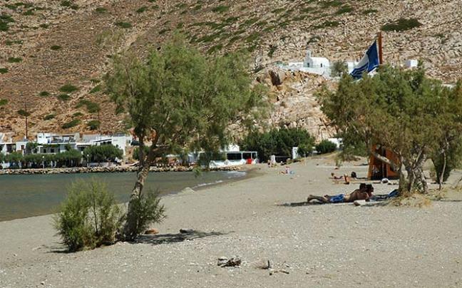 14 κορυφαίες παραλίες στη Σίφνο που είναι ιδανικές για βουτιές και χαλαρωτικές στιγμές! (photos)