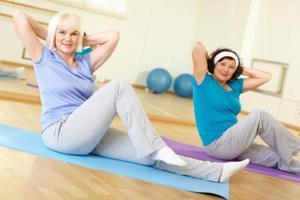 Μισή ώρα άσκησης την ημέρα για τις γυναίκες μέσης ηλικίας
