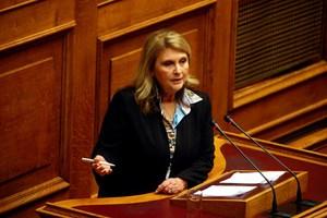 «Η ακτήμων υπουργός Σ. Βούλτεψη έχει σπίτι, εξοχικό και δύο στρέμματα δάσους»