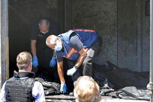 Έφτασαν στο Αϊντχόβεν οι πρώτες σοροί των θυμάτων της πτήσης MH17