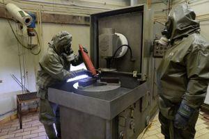 Παραδόθηκαν για να καταστραφούν όλα τα χημικά της Συρίας
