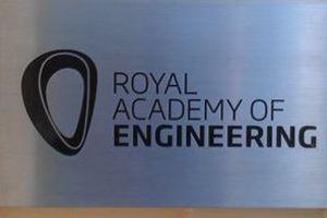 Έλληνας ερευνητής στη Βρετανία βραβεύεται από τη Βασιλική Ακαδημία Μηχανικής