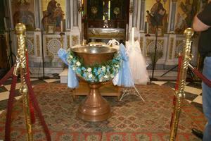 Ο πολιτικός γάμος του νονού εμποδίζει βάφτιση στα Τρίκαλα