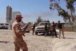 «Αποσυρθήκαμε από τη βάση μετά τους σφοδρούς βομβαρδισμούς»