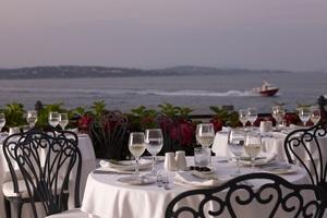 On the Verandah, ένα κορυφαίο εστιατόριo στις Σπέτσες