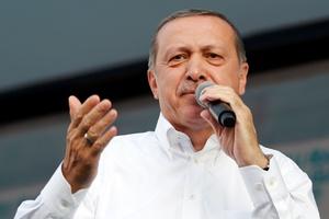 Ο Ερντογάν καλεί τους Ρωμιούς να επιστρέψουν στην Πόλη