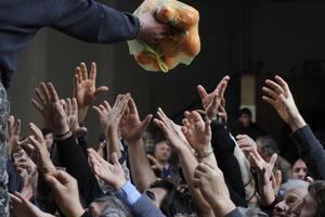 «Να μη γίνει η Ελλάδα το πτωχοκομείο της Ευρώπης»
