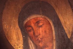 Εικόνα της Παναγίας «ανοιγοκλείνει» τα μάτια!