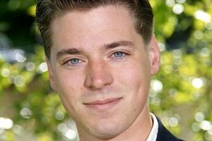 «Είμαι γιος του Μιτεράν», υποστηρίζει Σουηδός πολιτικός