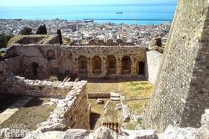 Ο φύλακας έφυγε και κλείδωσε τους τουρίστες στο Κάστρο