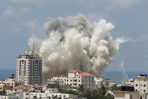 Ισραηλινά πολεμικά αεροσκάφη βομβάρδισαν κτίριο στη Γάζα