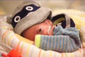 Οι 100 πρώτες μέρες ενός πρόωρου μωρού